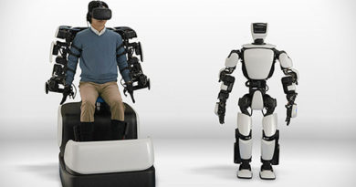 Новиот робот на Toyota се движи како човек