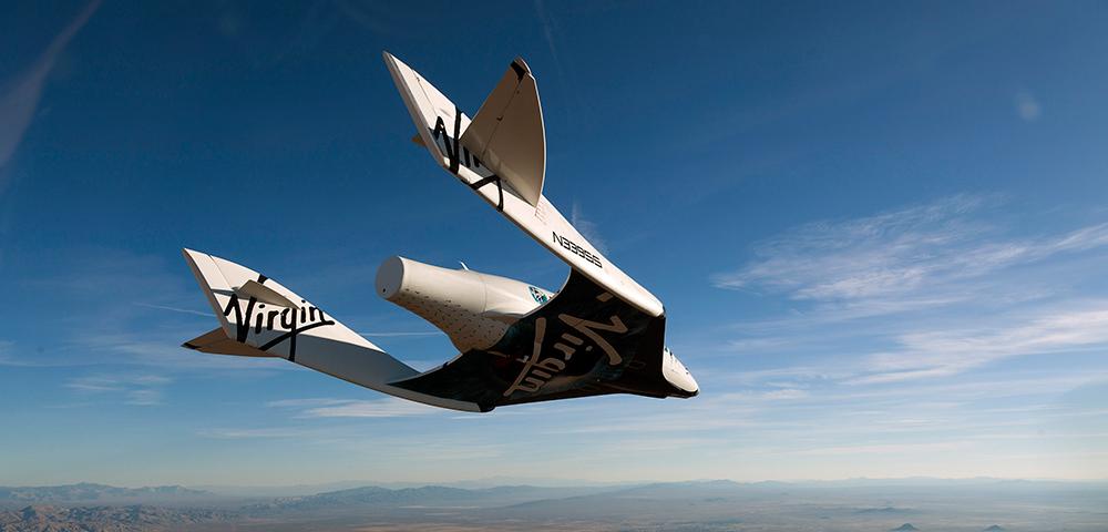 Бренсон ги носи Хокинг и Лејди Гага на Вселенски лет