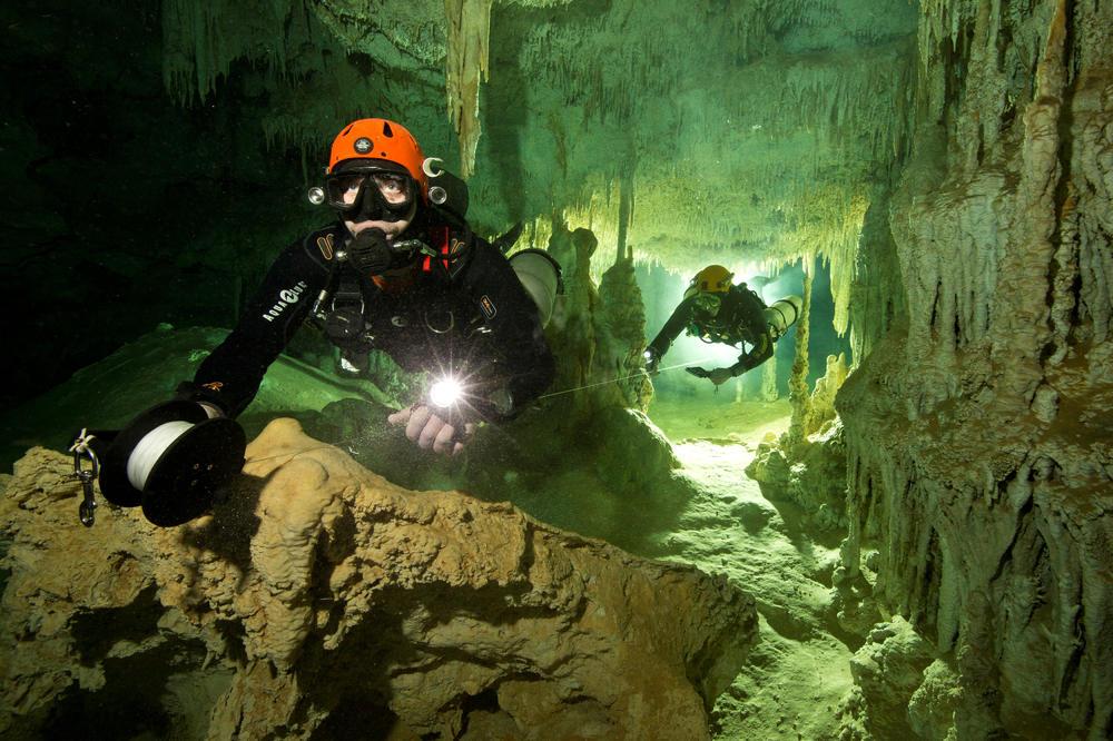 Нуркачите го пронајдоа најголемиот подводен систем на пештери