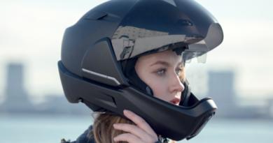 CrossHelmet е паметна кацига која ќе ги воодушеви мотоциклистите (ВИДЕО)