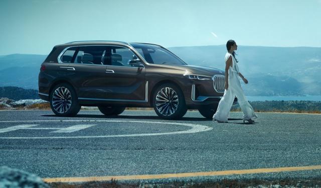 BMW X8 наводно пристигнува на почетокот на 2020. година