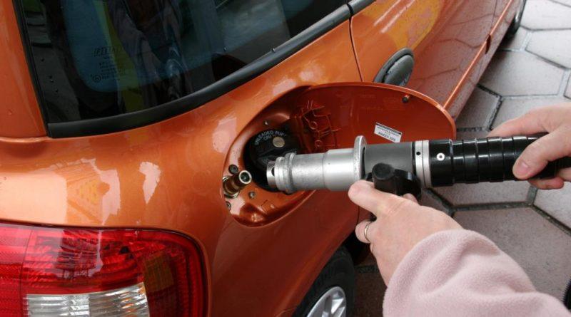 Дали со вградување плин се оштетува моторот на автомобилот?