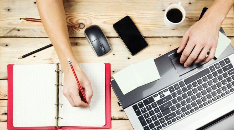 Педесет најдобри веб страници за хонорарна работа за дизајнери и програмери