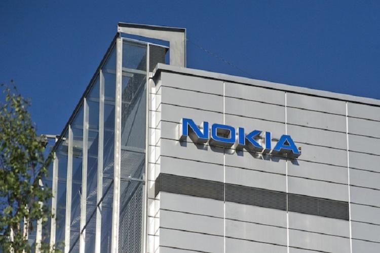 Nokia затвори стотици работни места