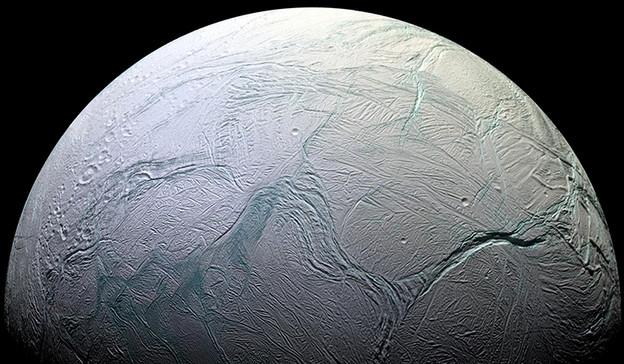 Руски милијардер со помош на NASA ќе бара вонземјани на Енкелад