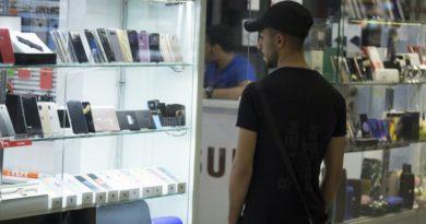 Лоши вести за производителите: Продажбата на смартфони ќе опаѓа и оваа година