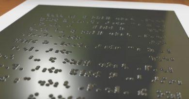 """Британска компанија работи на """"Kindle за слепи"""""""