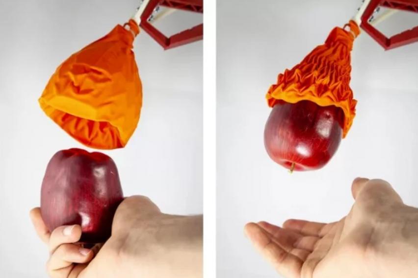 Оригами робот изгледа како овенат цвет, но може да подигне 100 пати од својата тежина (ВИДЕО)