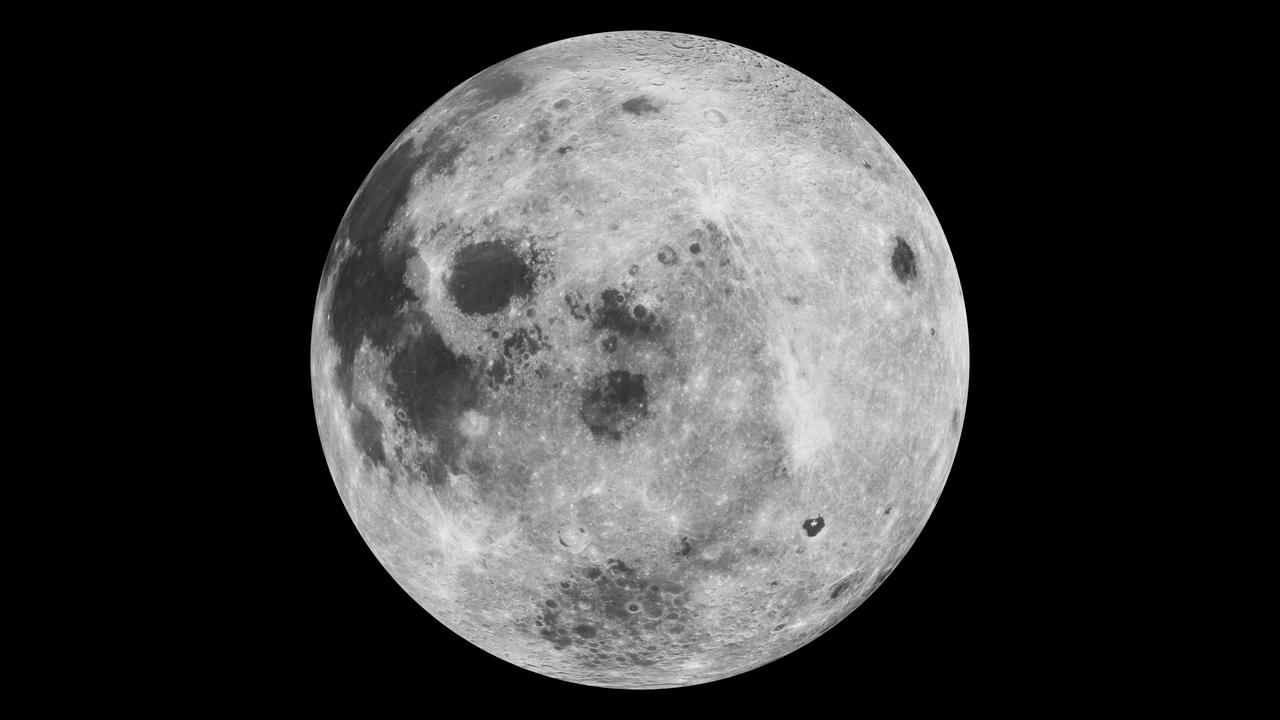 NASA ја подготвува првата женска мисија на Месечината