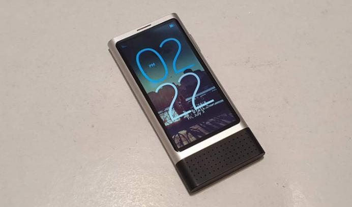 Експериментален смартфон на Nokia со Android од 2013 се појави на eBay