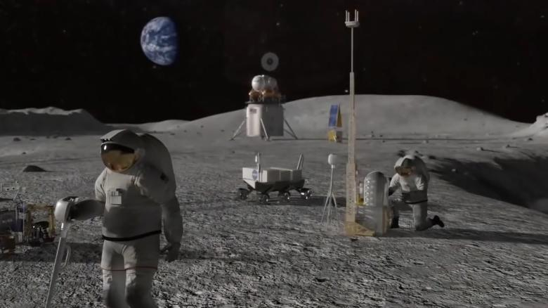 Првата жена астронаут ќе зачекори на Месечината до 2024