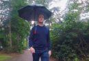 Ранец со чадор кој се отвора автоматски (ВИДЕО)