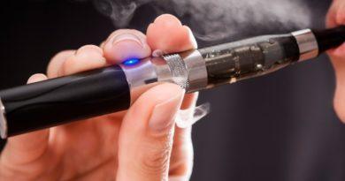 Индија со закон ги забрани електронските цигари