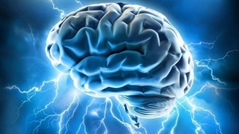Вештачка интелигенција која ги чита мислите на парализираните лица