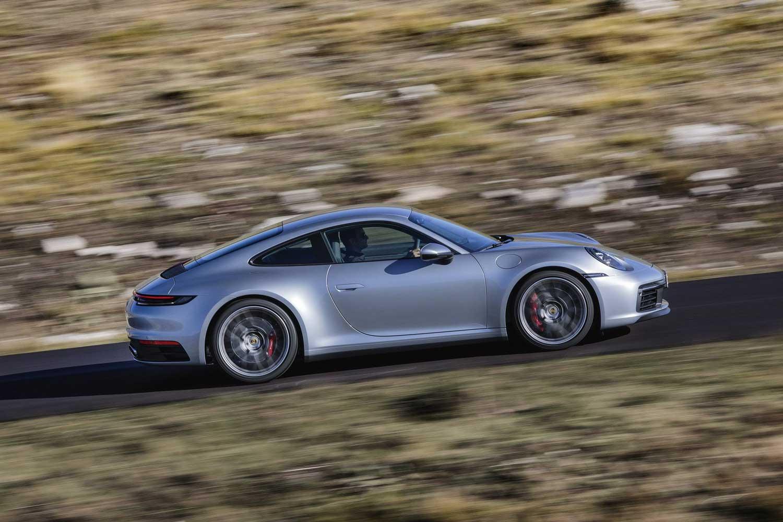 Porsche 911 конечно доби мануелен менувач