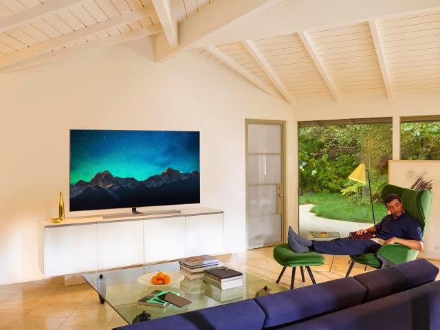 Може ли голем телевизор во мала соба?