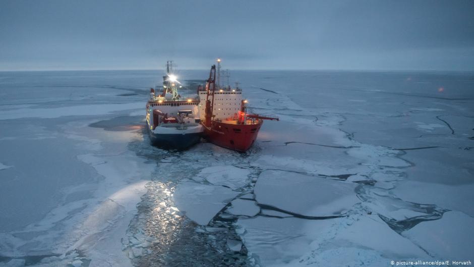 Германска експедиција на Арктикот постави истражувачки камп на ледена санта