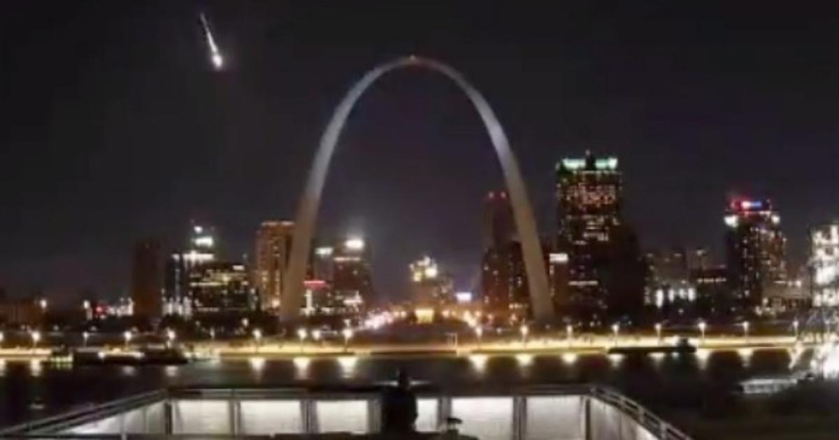 Метеор од 100 килограми го проби звучниот ѕид над САД (ВИДЕО)