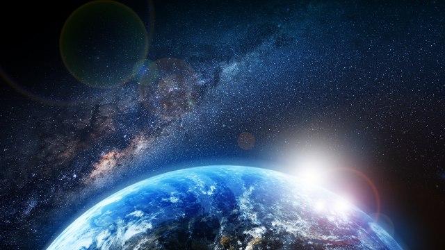 """NASA сними стрaшна џиновска """"тиква"""" во вселената"""