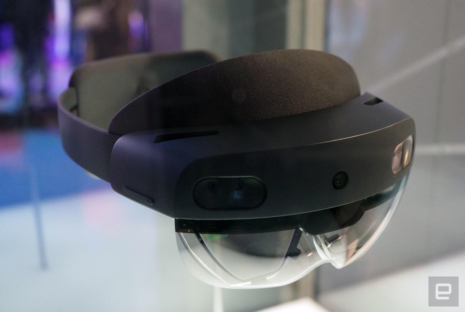Пристигна Microsoft HoloLens 2 (ВИДЕО)