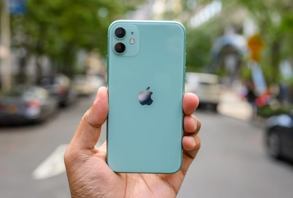 Рекламата за iPhone 11 собира негативен публицитет (ВИДЕО)