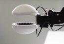 Внимателна роботска рака: Без допир подигнува кршливи предмети