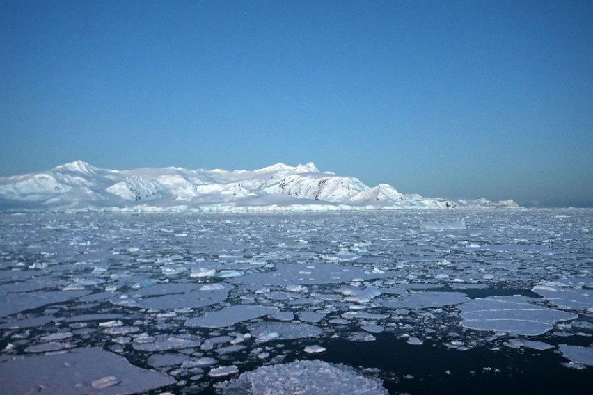 На Антарктикот измерени повеќе од 20 Целзиусови степени, научниците загрижени
