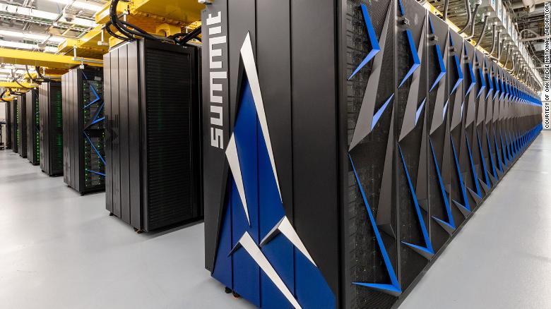 Најбрзиот суперкомпјутер идентификувал хемикалии кои можат да го запрат коронавирусот (ВИДЕО)
