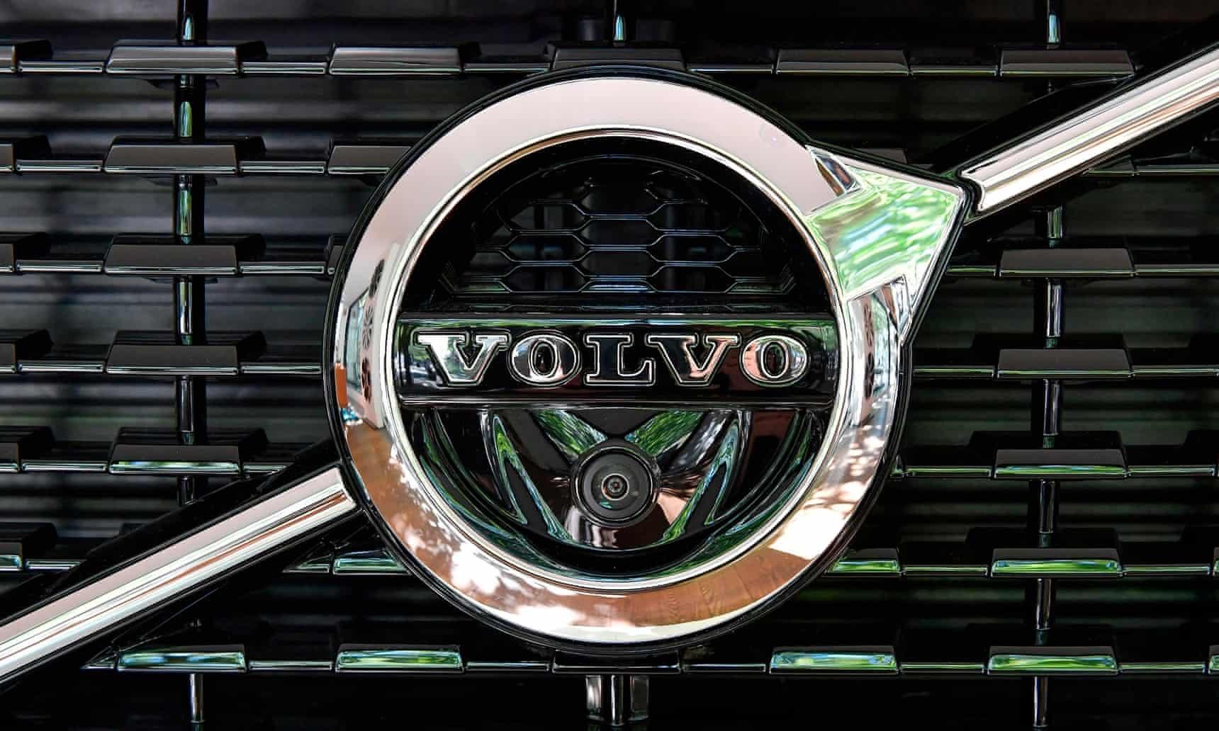И Volvo ги затвори фабриките во Европа и САД