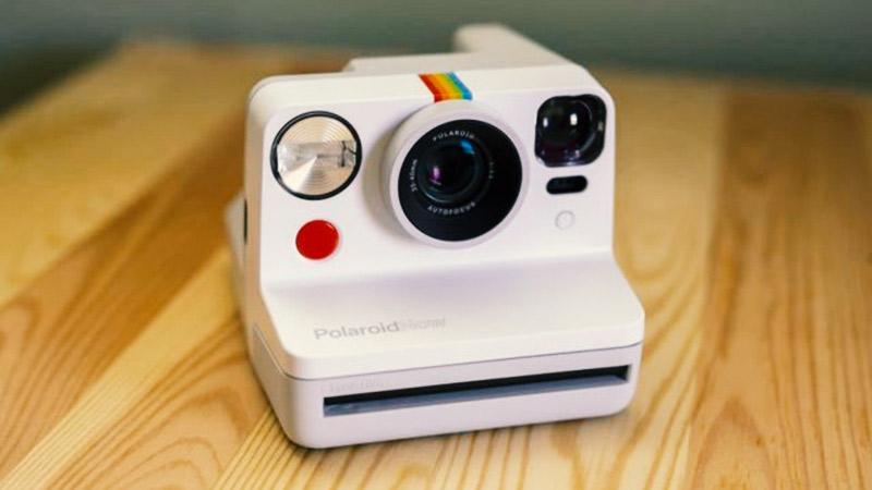 Polaroid Now: Нов фотоапарат за 99 долари (ВИДЕО)
