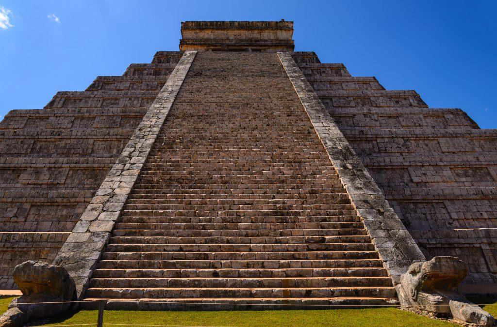 Откриена најстарата градба на древните Маи
