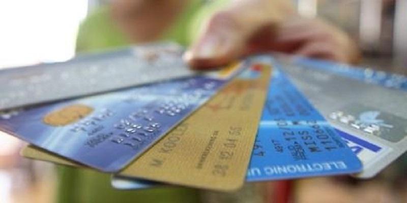 Граѓаните сѐ повеќе ги користат платежните картички и електронското банкарство