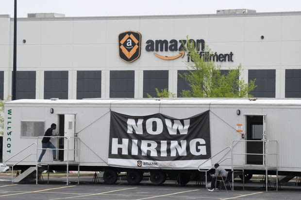 Amazon ќе вработи уште 100.000 работници