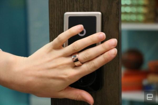 Паметен прстен што заменува лозинки, картички и клучеви (ВИДЕО)