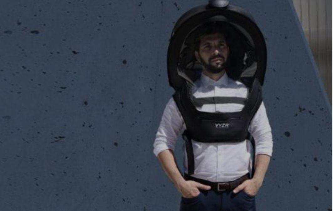 """Скафандер против загаден воздух и Ковид-19 чини """"само"""" 379 долари (ВИДЕО)"""