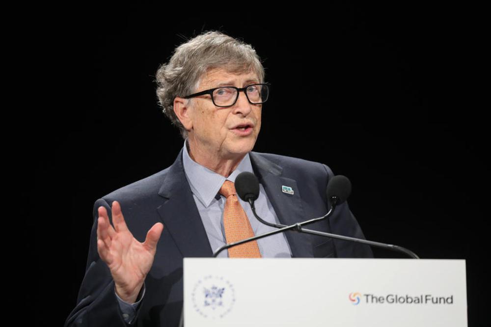 Бил Гејтс со нови прогнози за тоа што ќе следи по пандемијата со коронавирус