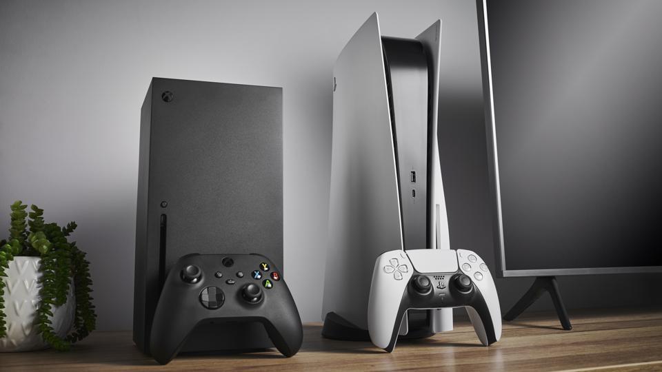 PlayStation 5 доминира на пазарот, xBox повеќе се продава во САД