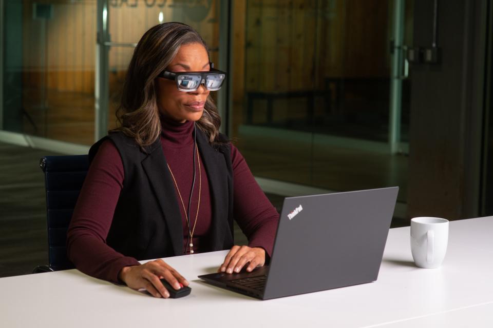 Lenovo ги претстави ThinkReality A3 паметните очила