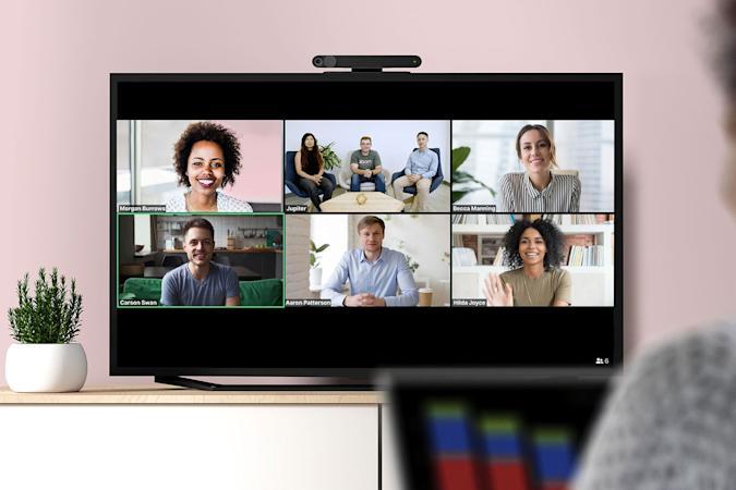 Facebook овозможува Zoom повици преку ТВ уредите