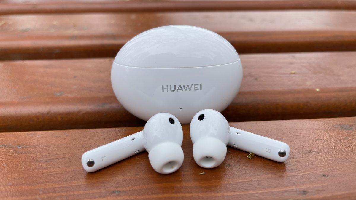 (РЕЦЕНЗИЈА) Huawei FreeBuds 4i – Одличен дизајн и звук по достапна цена