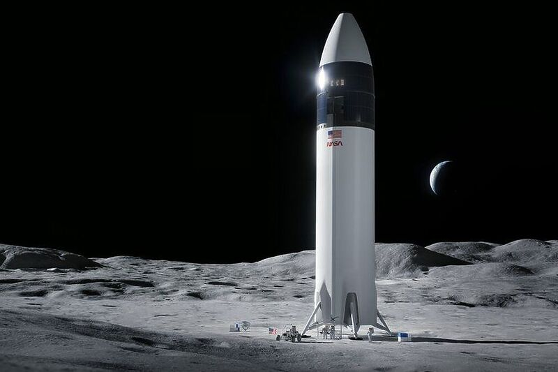 NASA ја избра компанијата на Елон Маск да гради ново летало за Месечината