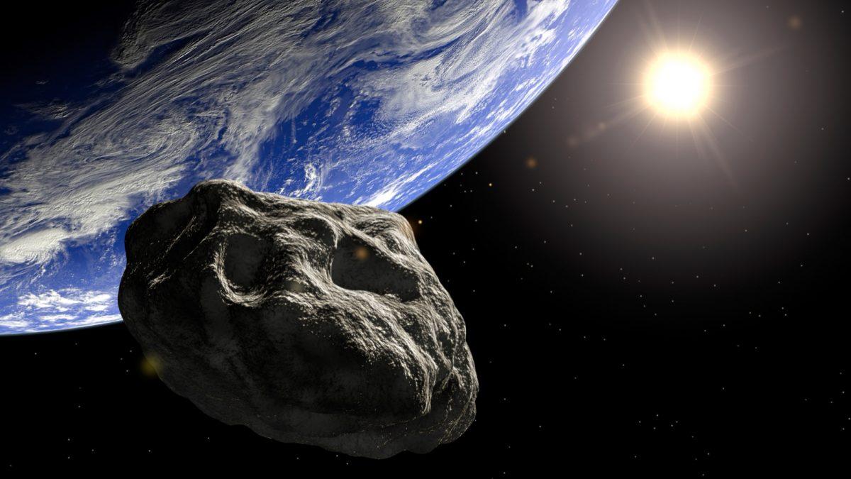 Астероид поголем од Кеопсовата пирамида ќе мине крај Земјата