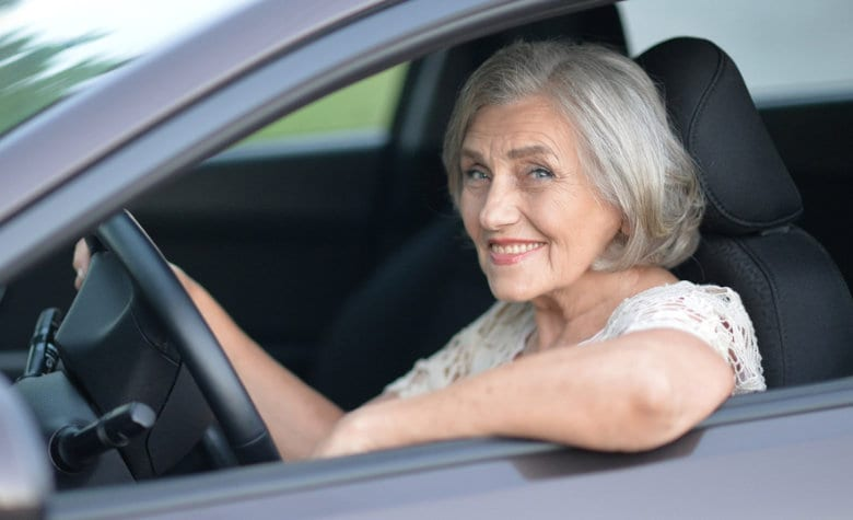 Макпетрол Инфо Поинт: Кога е време да ги оставите клучевите и како да возите безбедно на повозрасни години