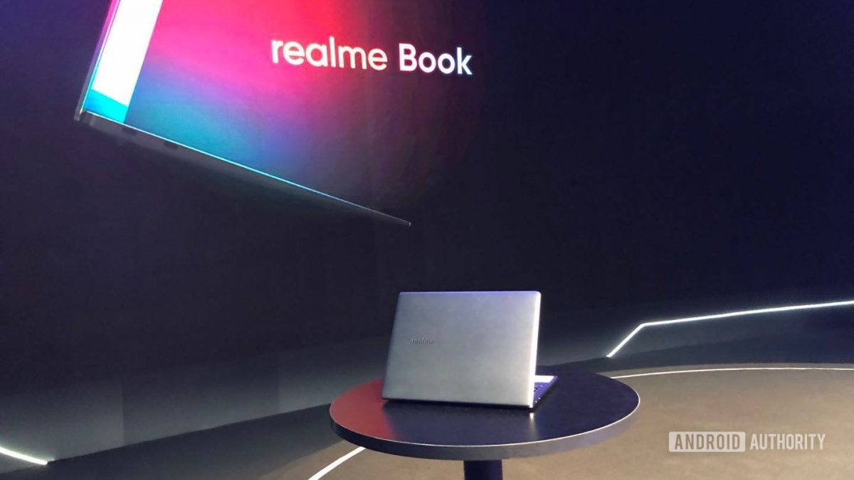 Се појавија фотографии од Realme Book лаптопот