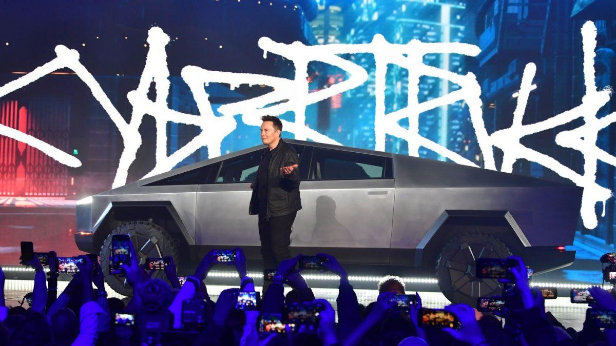 """Елон Маск е за заљубен – во Cybertruck: """"Да бидам целосно искрен…"""""""