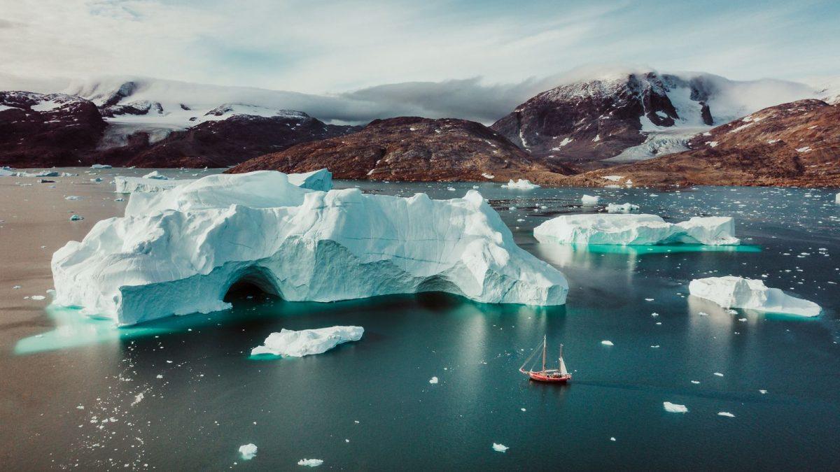 Рекордно топење на мразот на Гренланд поради климатските промени