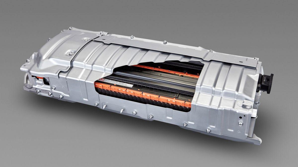 Toyota конечно се вклучува со полн капацитет во електричната транзиција! (ВИДЕО)