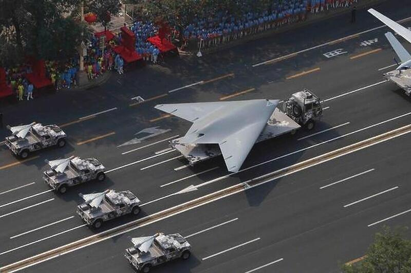 Кина претстави беспилотно воено летало со простор за вооружување (ВИДЕО)